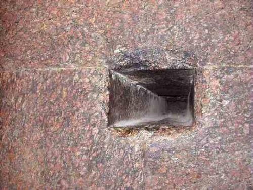 3egyptgreatpyramidjonbodsworth38northernairshaft_1.jpg