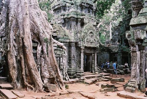 Angkor-Wat-Cambodia-Siem-Reap-Hrtfried-Schmid.jpg