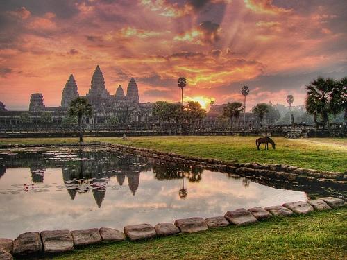 Angkor-Wat-Cambodia-Garion88.jpg